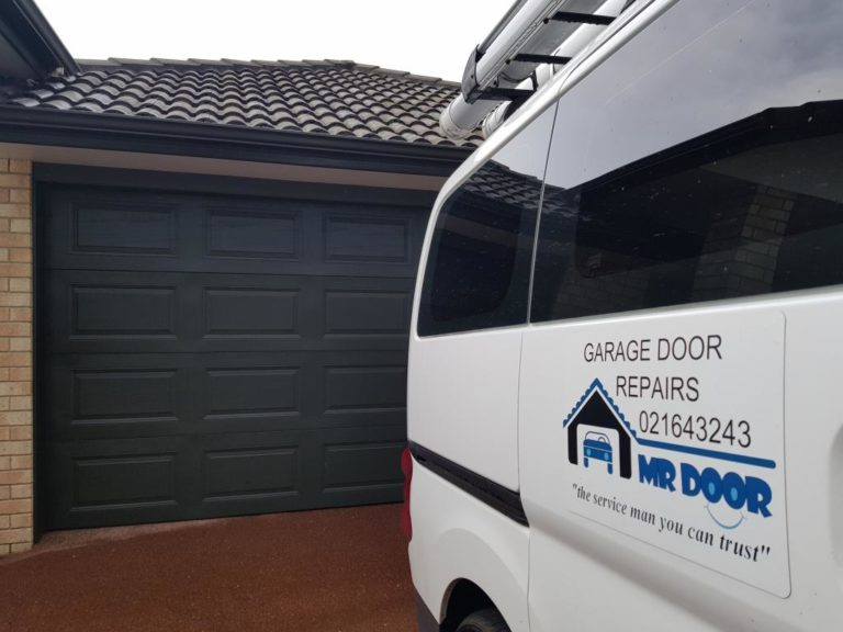 Auckland Garage Door Repairs - Auckland Garage Door Service and Maintenance Service and Maintenance